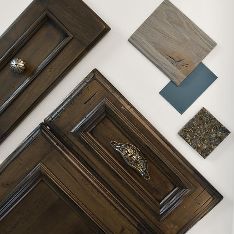 Dura Supreme Cabinetry Heavy Heirloom and Weathered finishes with a traditional cabinet door style.